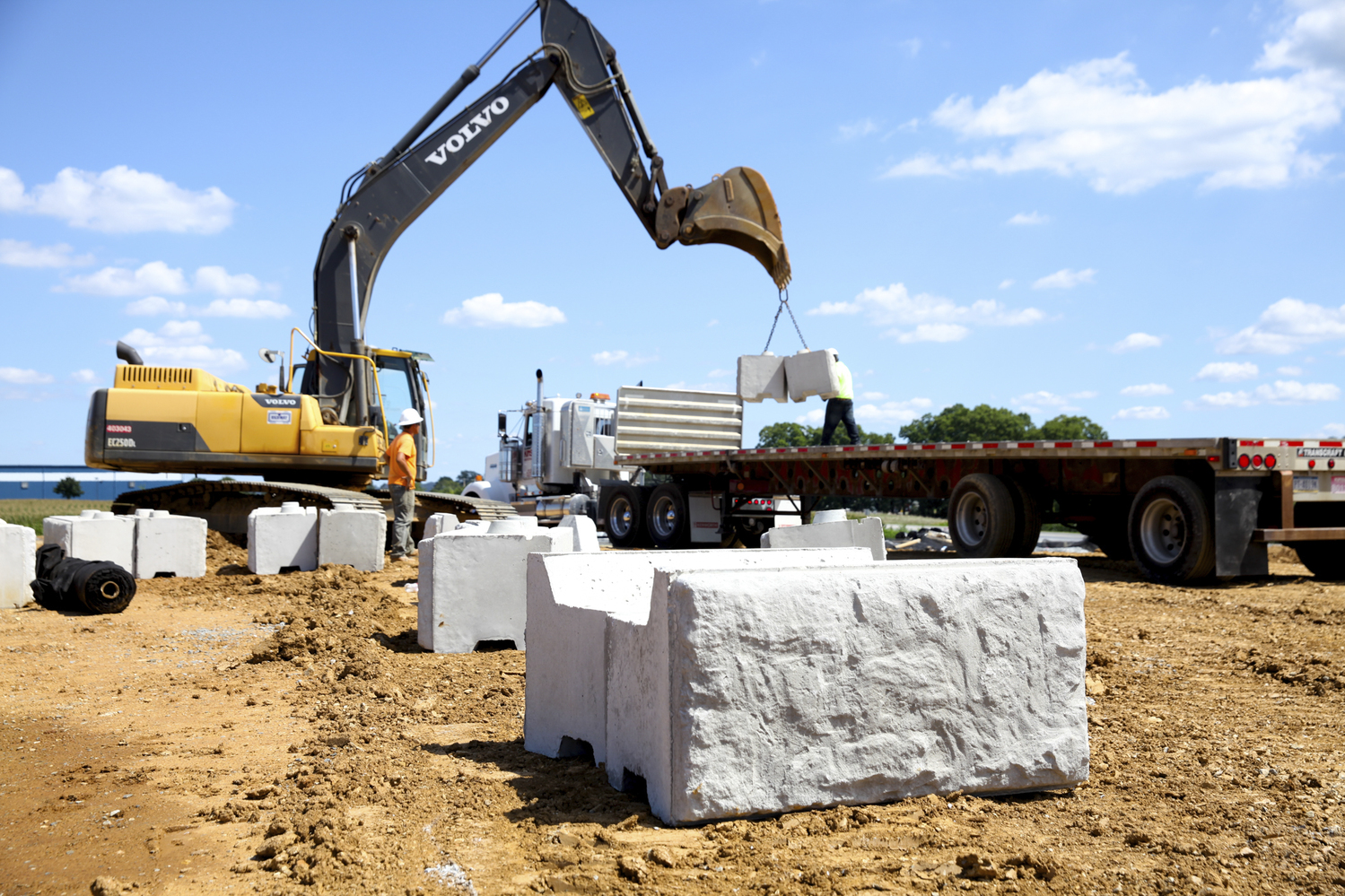 Highway Construction Materials : Materials concrete aggregate products heavy highway