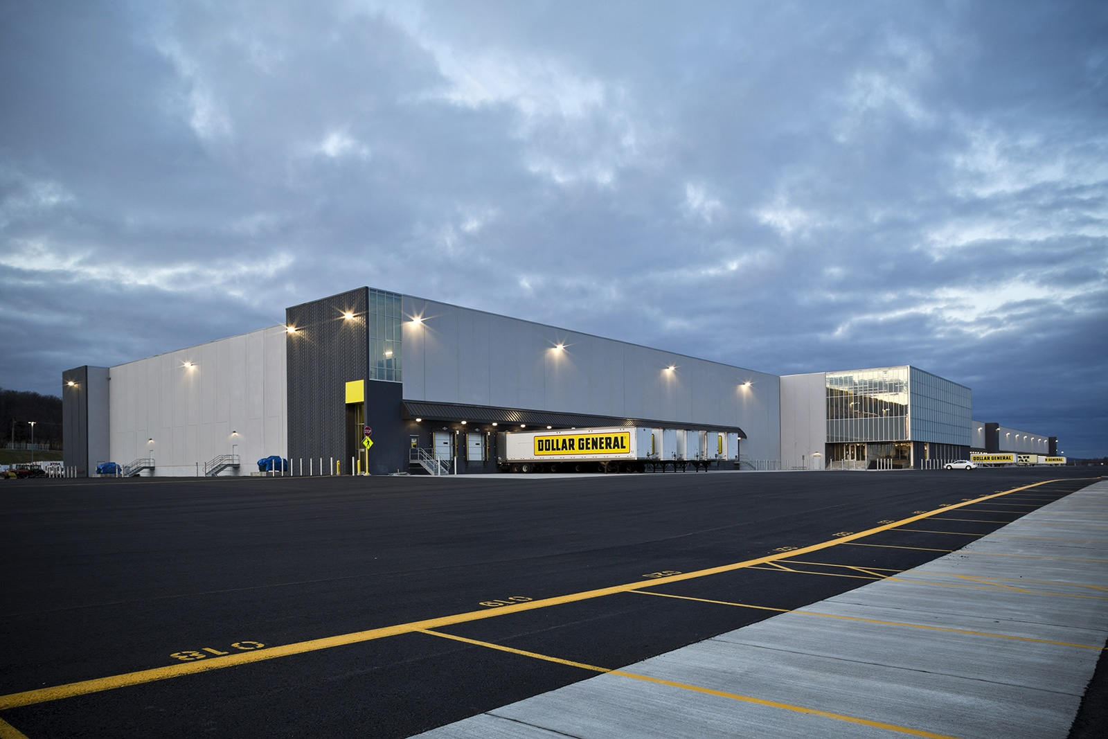 Dollar General Warehouse and Distribution Facility Exterior