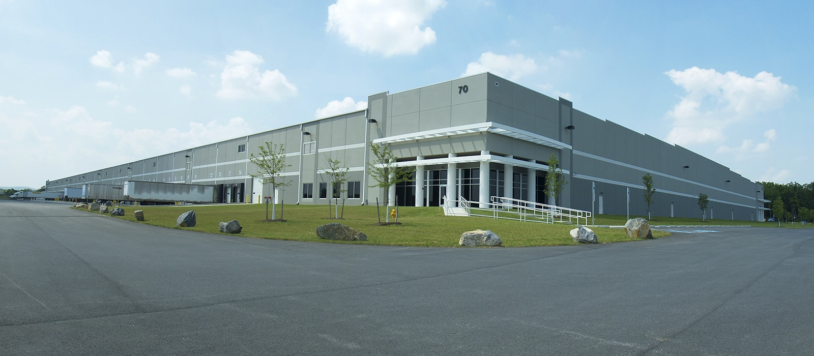 Excel Distribution Center Design-Build - Kinsley Construction